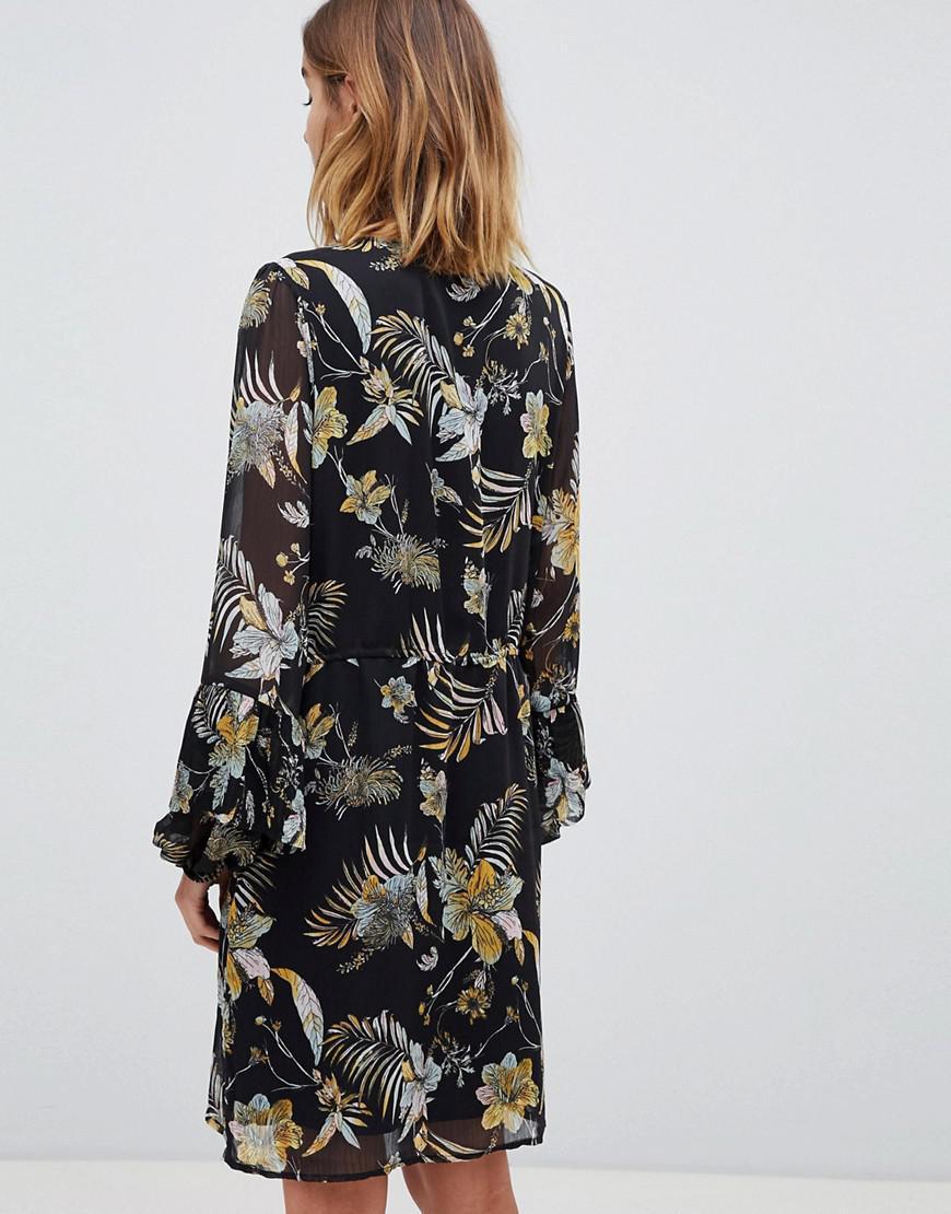 f124bab58bf8 Gestuz Maui Floral Print Dress in Black - Lyst