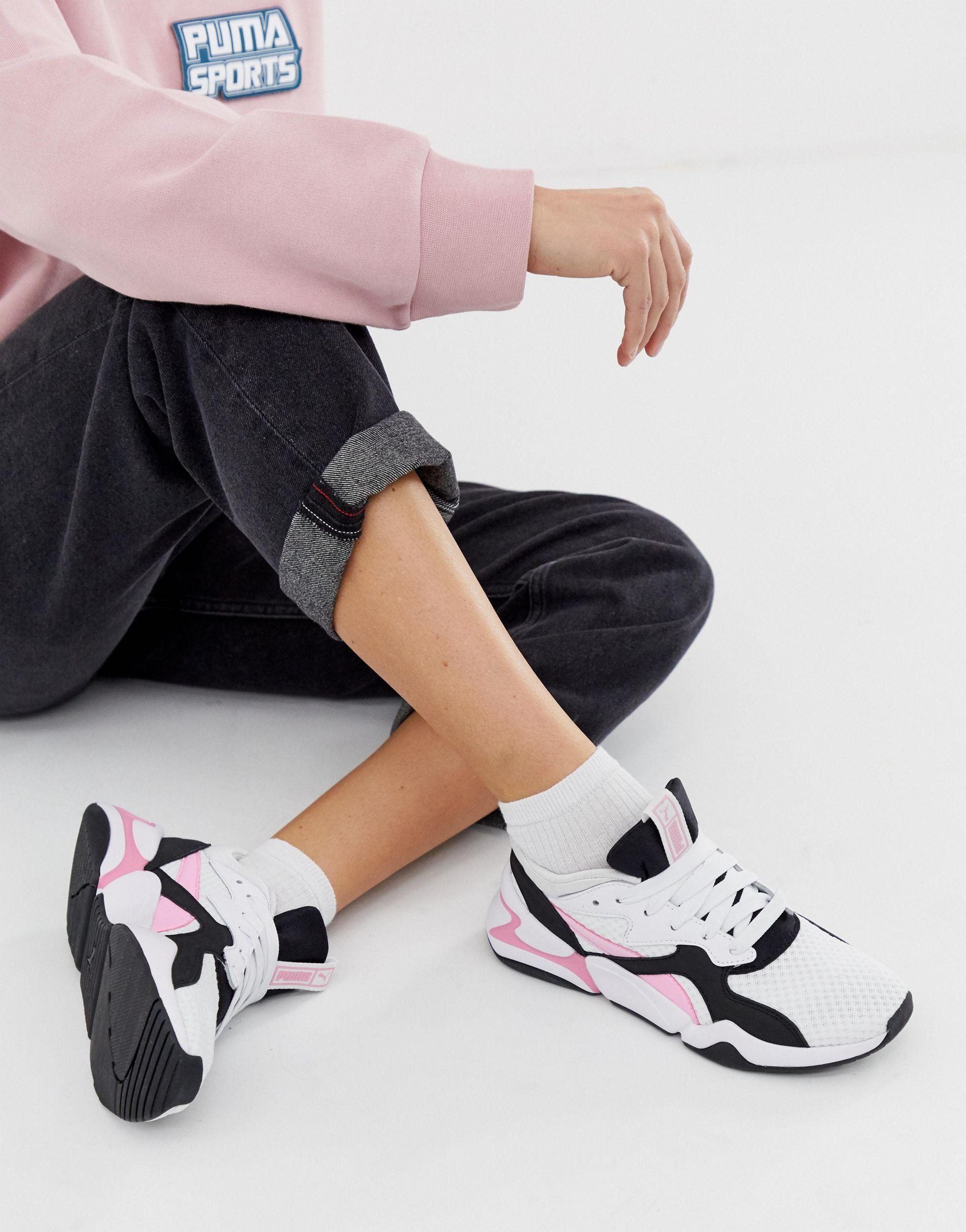 Nova 90's Block White And Pink Sneakers