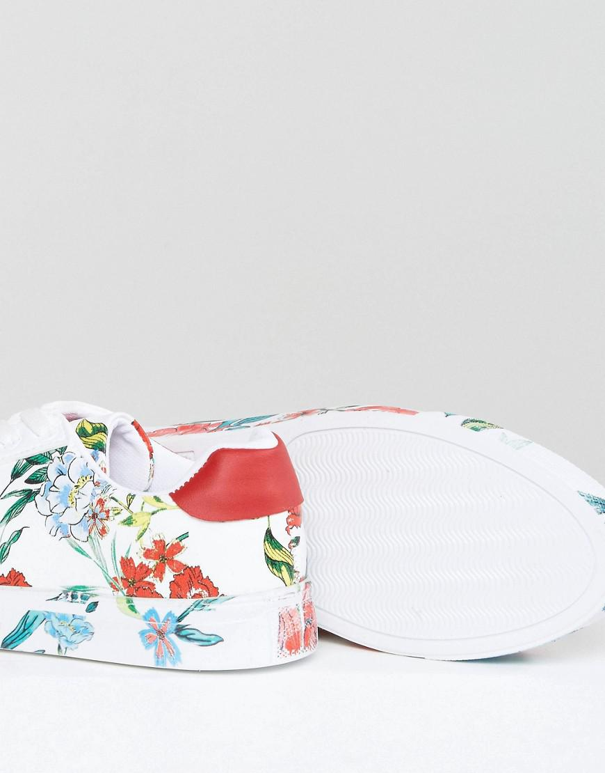 New Look Floral Printed Trainer in White