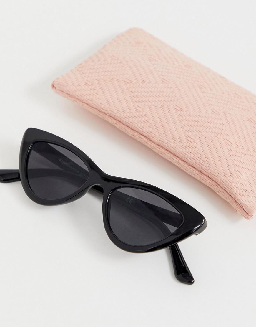 4c891afc70f3a Stradivarius - Mini Cateye Sunglasses In Black - Lyst. View fullscreen