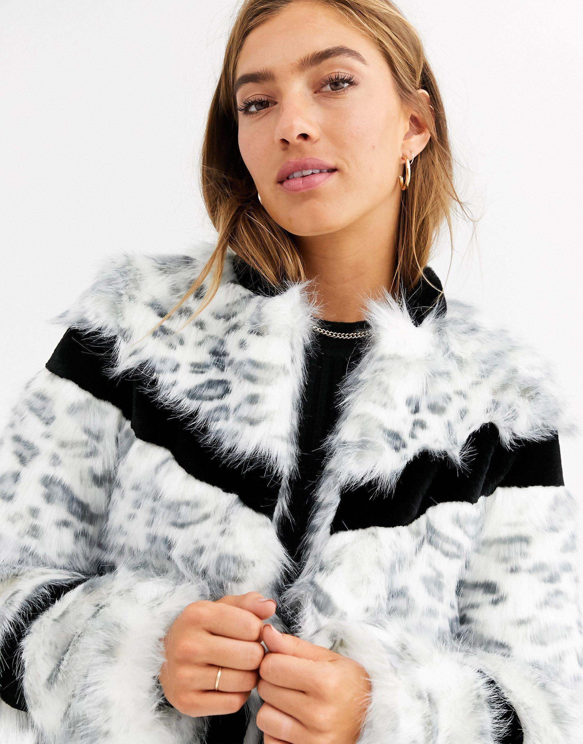 Manteau en fausse fourrure mélangée - Léopard des neiges Cuir Urbancode en coloris Blanc 5madp