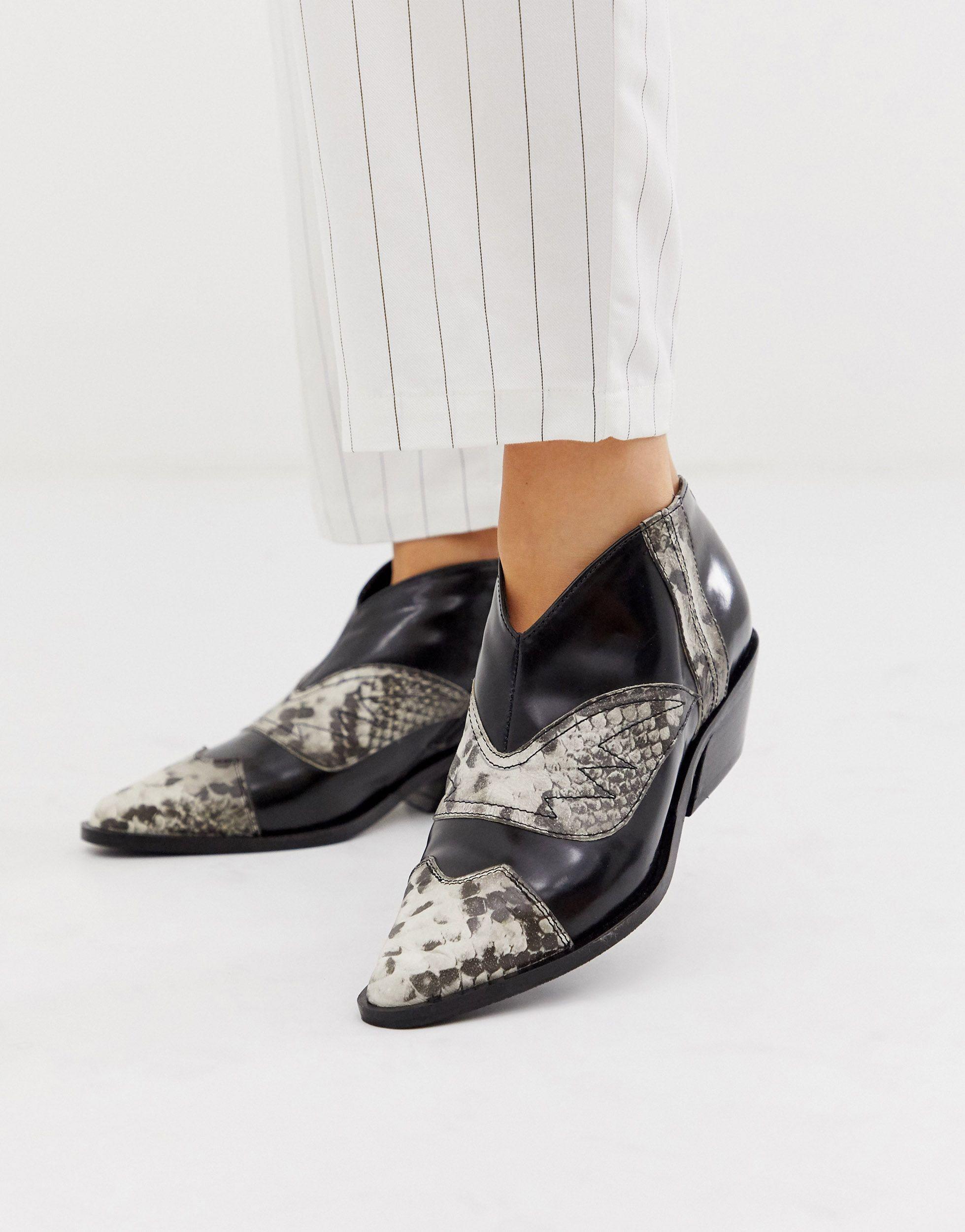 Chaussures plates en cuir style western en Cuir ASOS