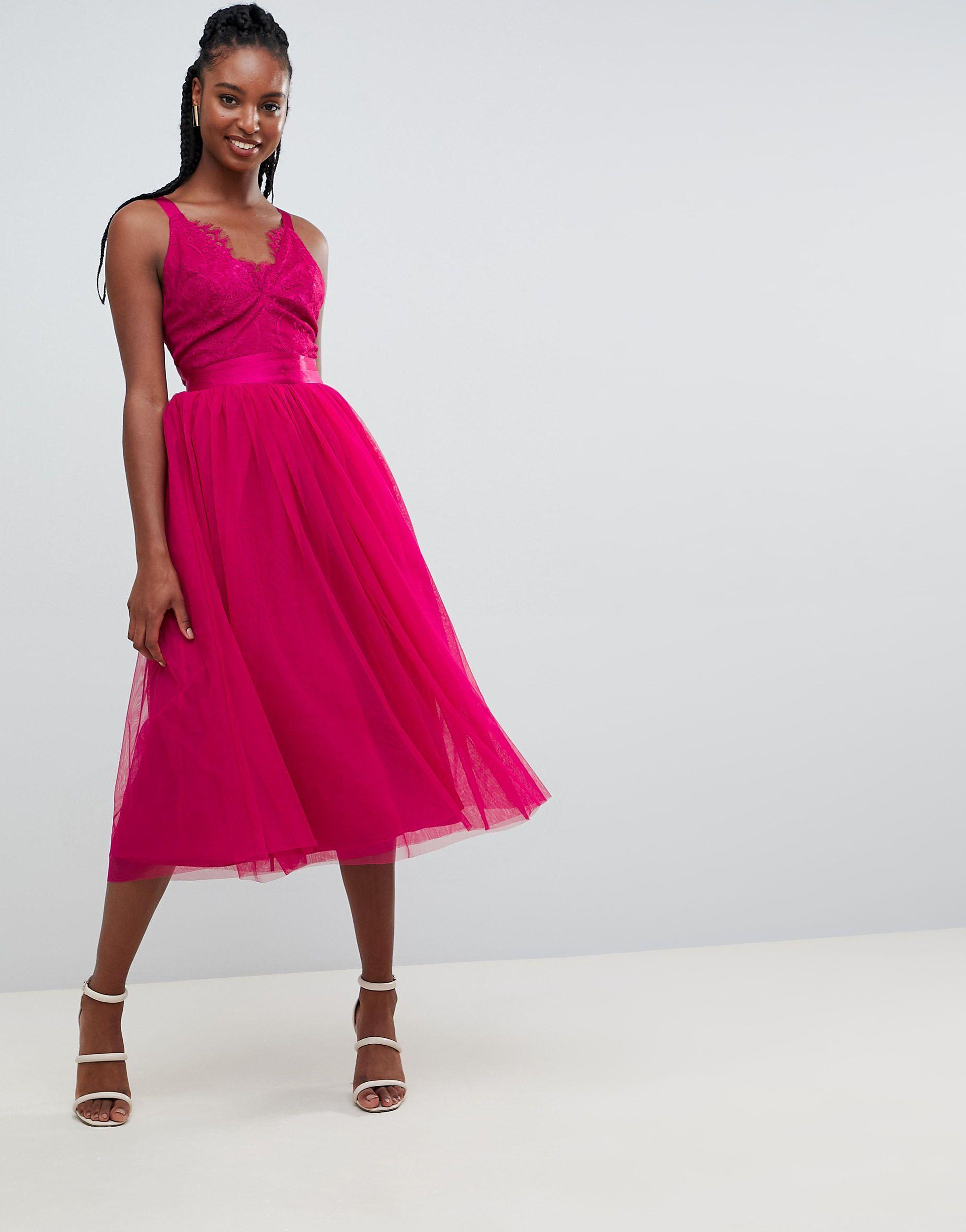 ASOS DESIGN TALL - Robe Dentelle ASOS en coloris Rose