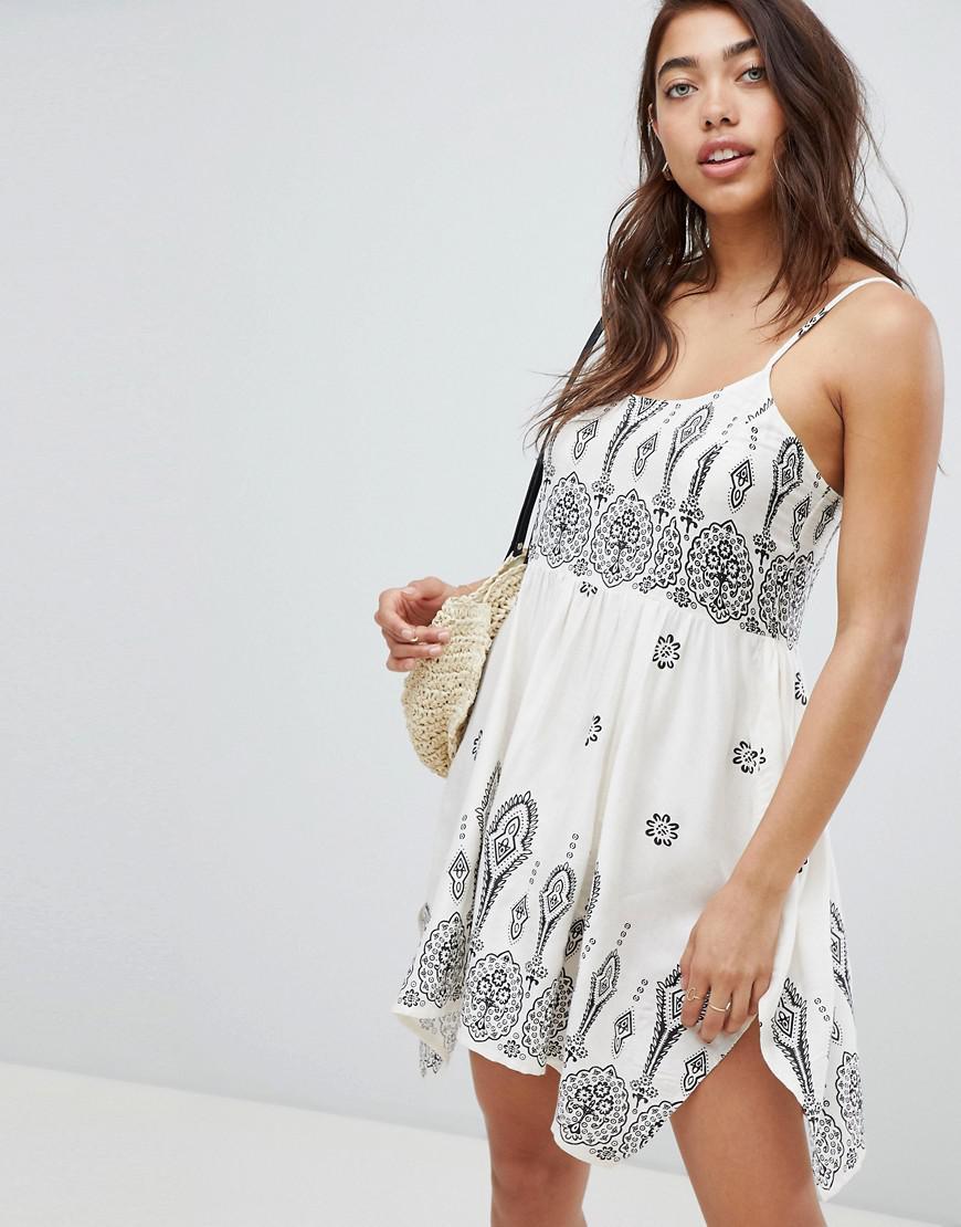 8e6e5c620678 ASOS. Women s Bandana Print Placement Hanky Hem Beach Dress