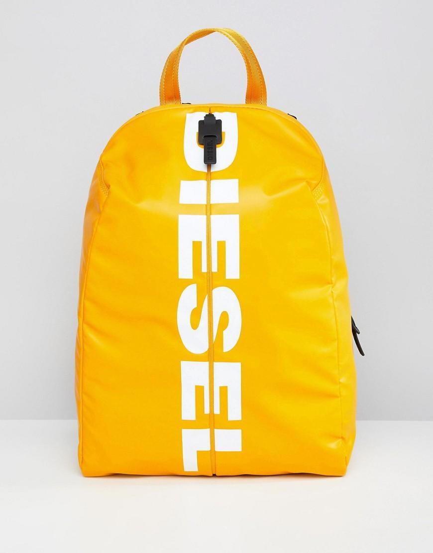 3bd49f6c8bc5 Mochila con logo F-BOLD de DIESEL de hombre de color Amarillo - Lyst