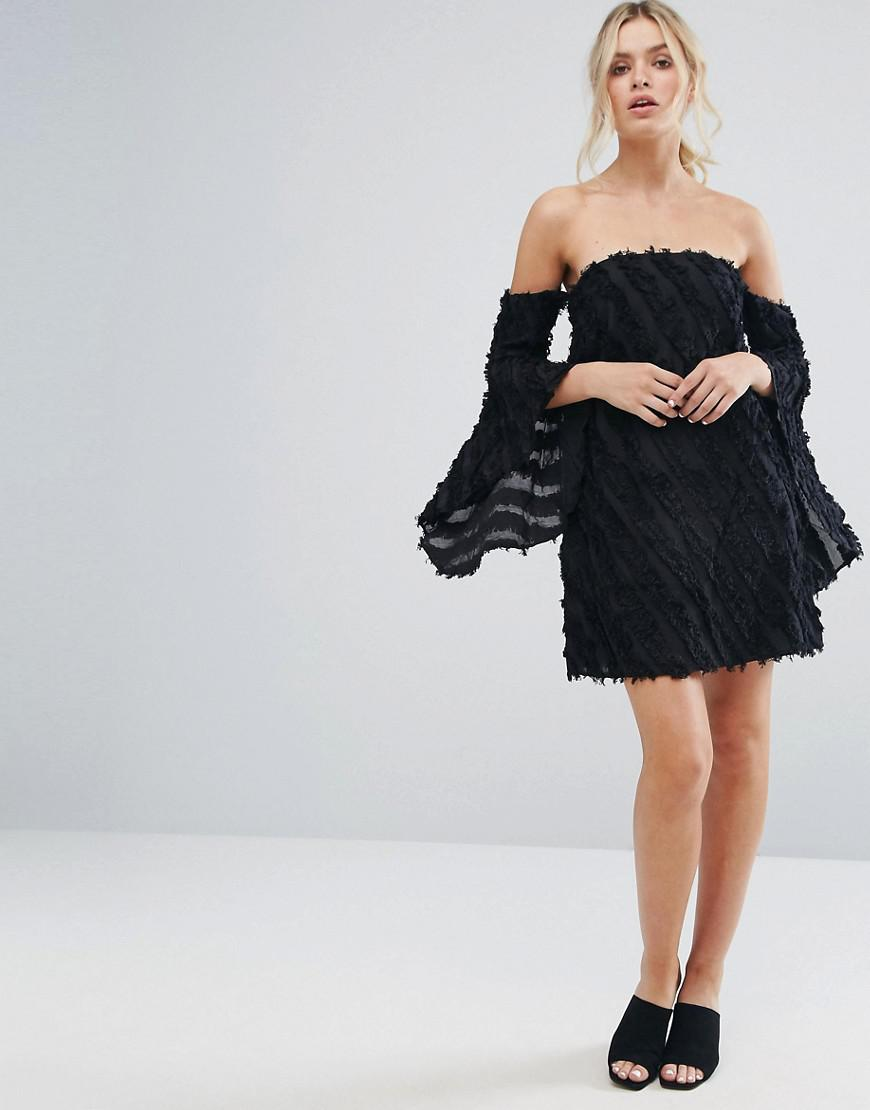 d16dc99aed0 Lyst - C meo Collective Recollection Flared Sleeve Dress in Black