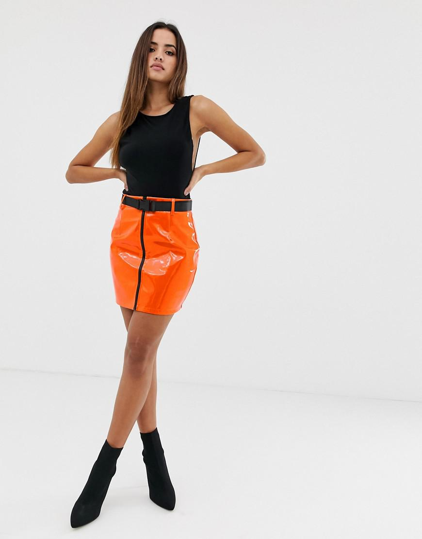 3a6b98b37a3 Lyst - PrettyLittleThing Vinyl Mini Skirt In Orange With Zip in Orange