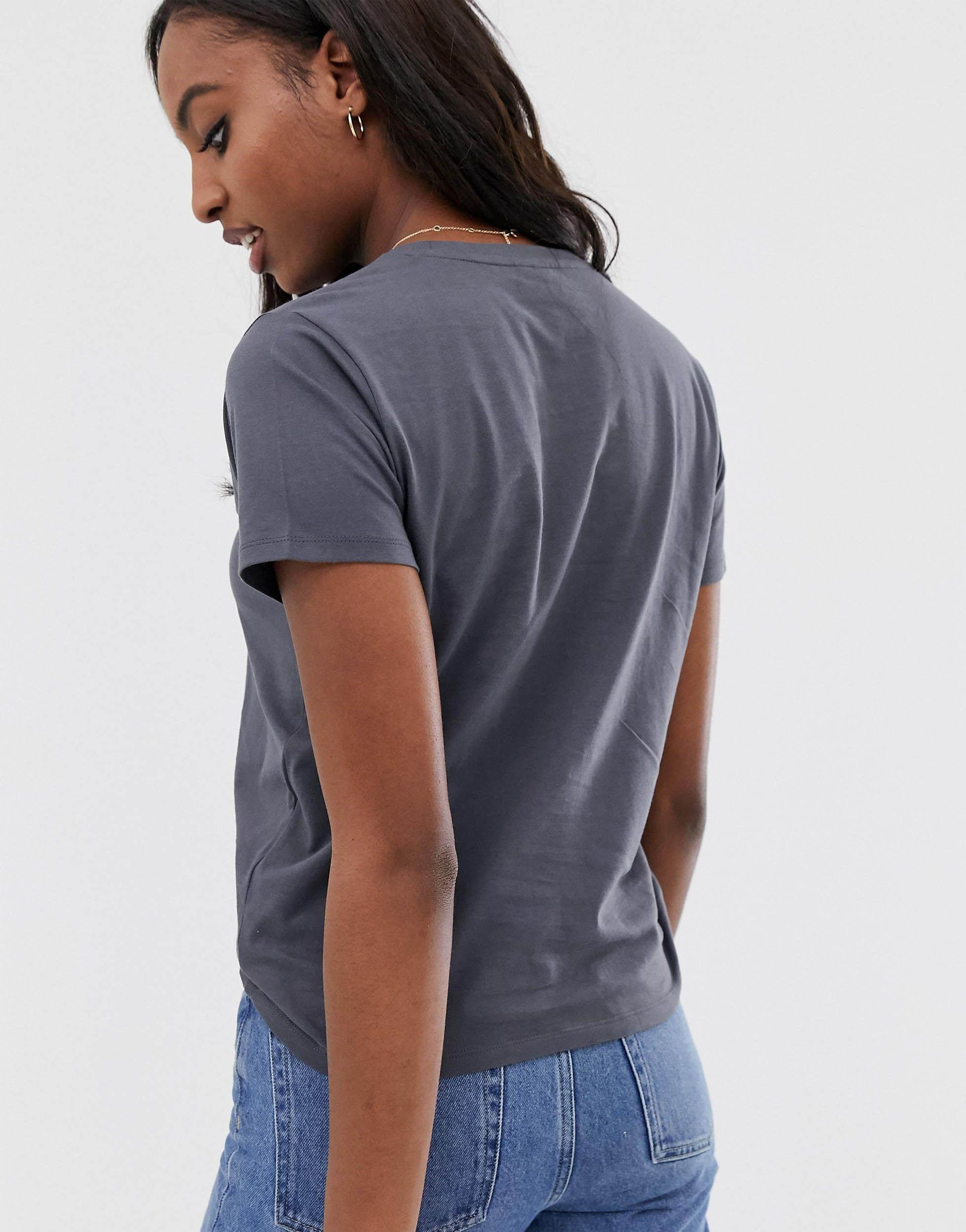ASOS DESIGN Tall - Bye - T-shirt brodé Coton ASOS en coloris Blanc