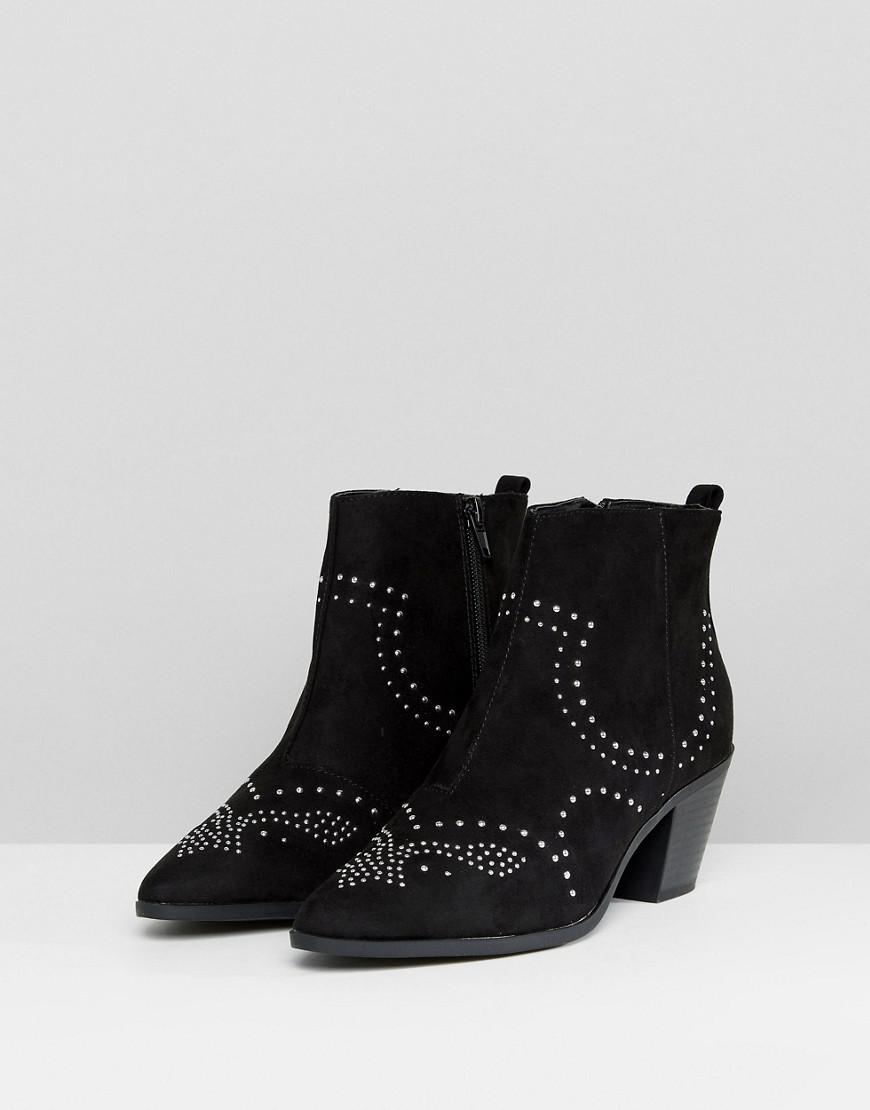 New Look Studded Western Block Heel Ankle Boot in Black