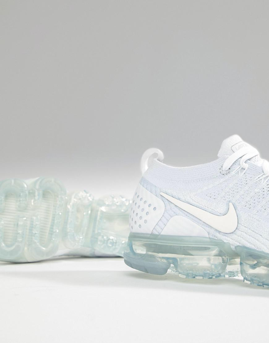 online store 1eb2c fc4c9 Nike Air Vapormax Flyknit 2 Trainers In White 942842-100 for ...