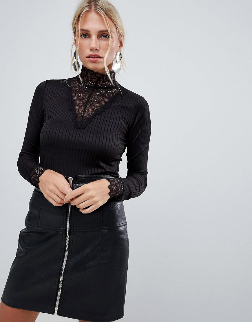 7923f771897e5 Y.A.S. Women s Black Long Sleeve Ribbed Jersey Top With High Neck Lace  Detail