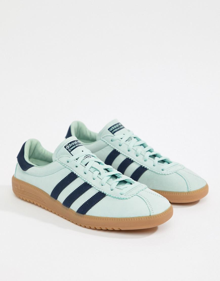 Bermuda Sneakers In Green Cq2783