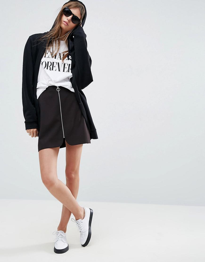 60e2c36e43029 Mini-jupe trapèze avec fermeture éclair et anneau ASOS en coloris Black