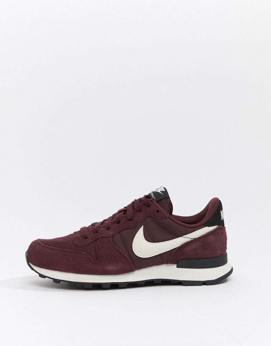 Nike Internationalist Burgundy Trainers