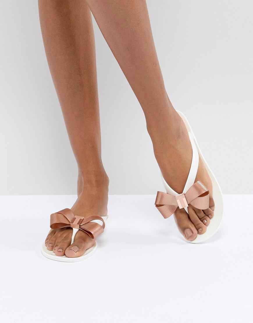 7ef22e71a43f Ted Baker Suszie White Flip Flops in White - Lyst