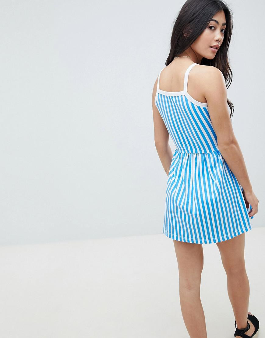 2dcc32a43029 Gallery. Previously sold at  ASOS · Women s Summer Dresses ...