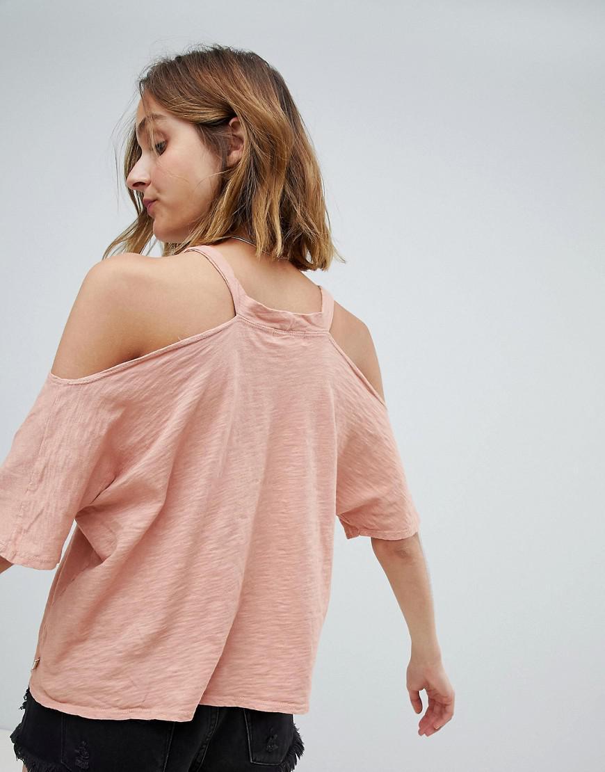 8fda82af2cc9dc NYTT Lola Cold Shoulder Top in Pink - Lyst