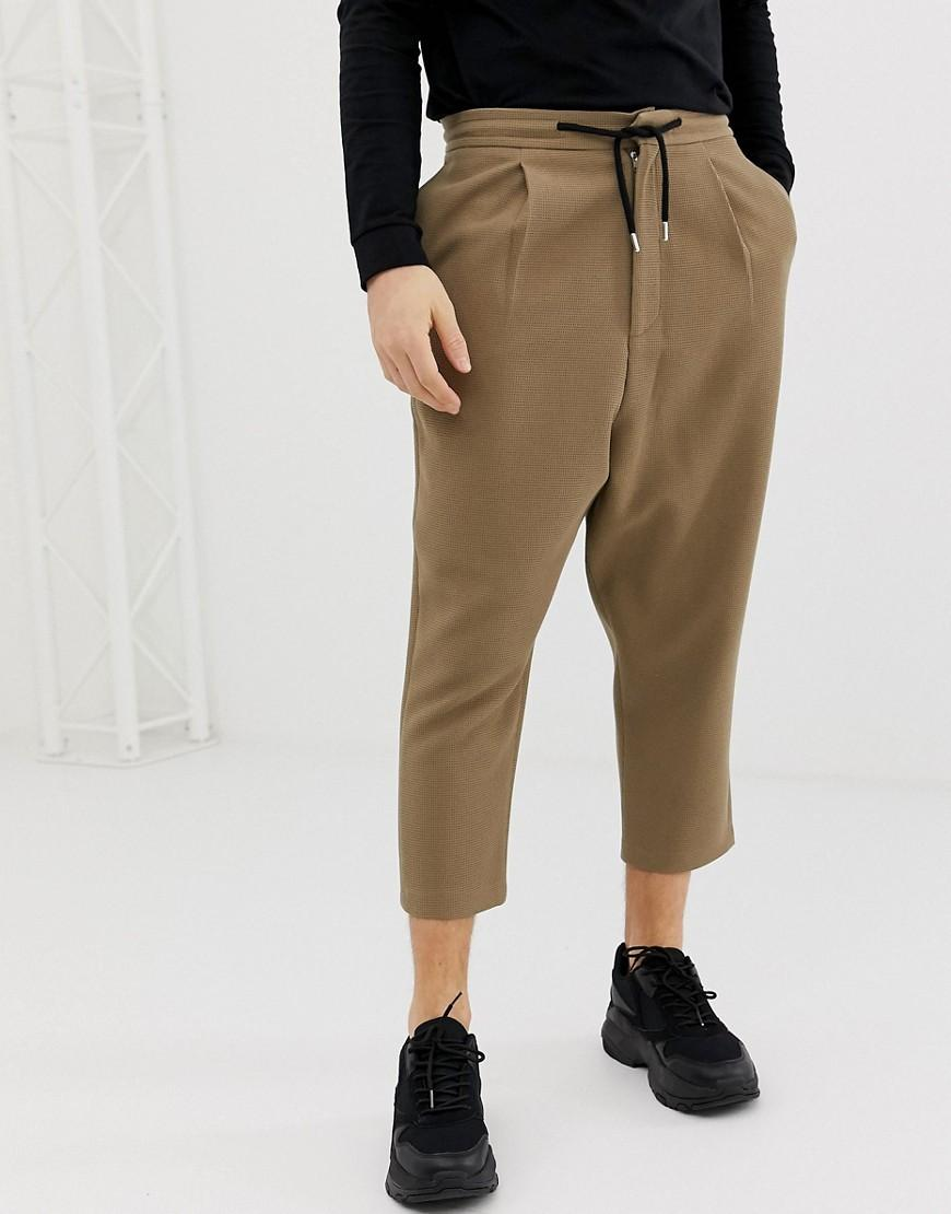 b24e3561b9ac9d Lyst - ASOS Drop Crotch Tapered Crop Smart Trousers In Camel With ...