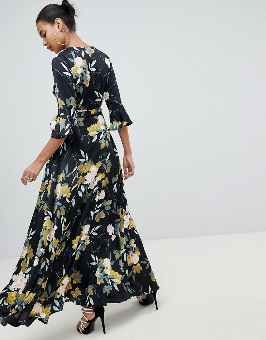 fdc2c6659ba Lyst - PrettyLittleThing Tie Waist Maxi Dress Floral in Blue