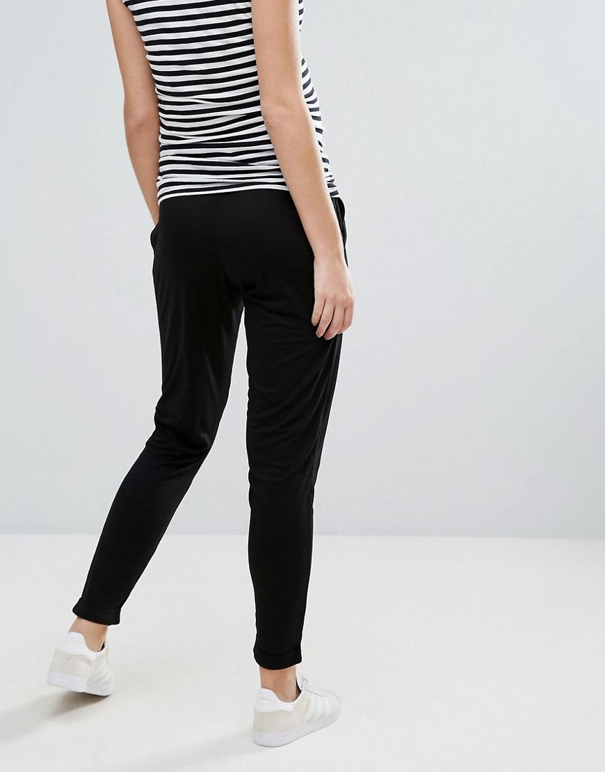 f7ab33ce38985 Lyst - ASOS Asos Design Maternity 2 Pack Jersey Peg Trousers In Plain Black  And Spot Print in Black