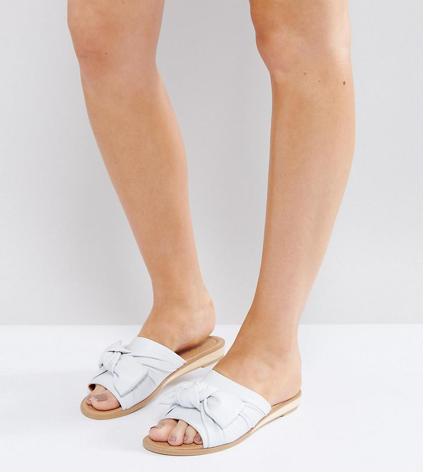 7f42a996ac46 Lyst - Park Lane Wide Fit Bow Flat Sandal in White