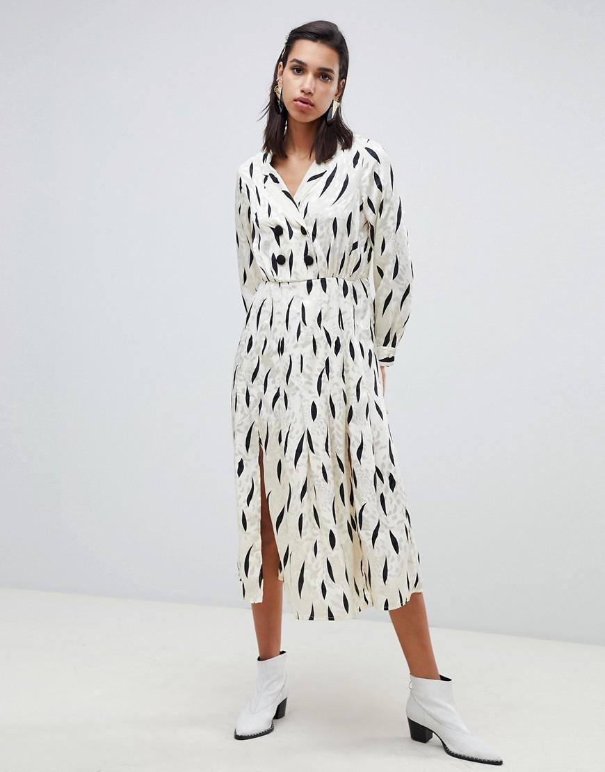 9bb86ba6f832 Pleated Maxi Dress With Long Sleeves | Saddha