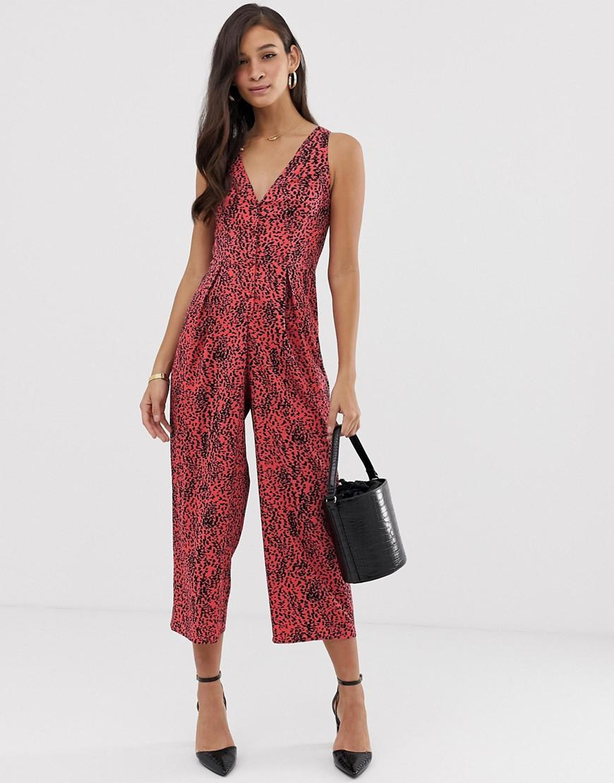 2bbb3f2a0fd Lyst - ASOS Swing Jumpsuit With Tie Back Detail In Animal Print in Red