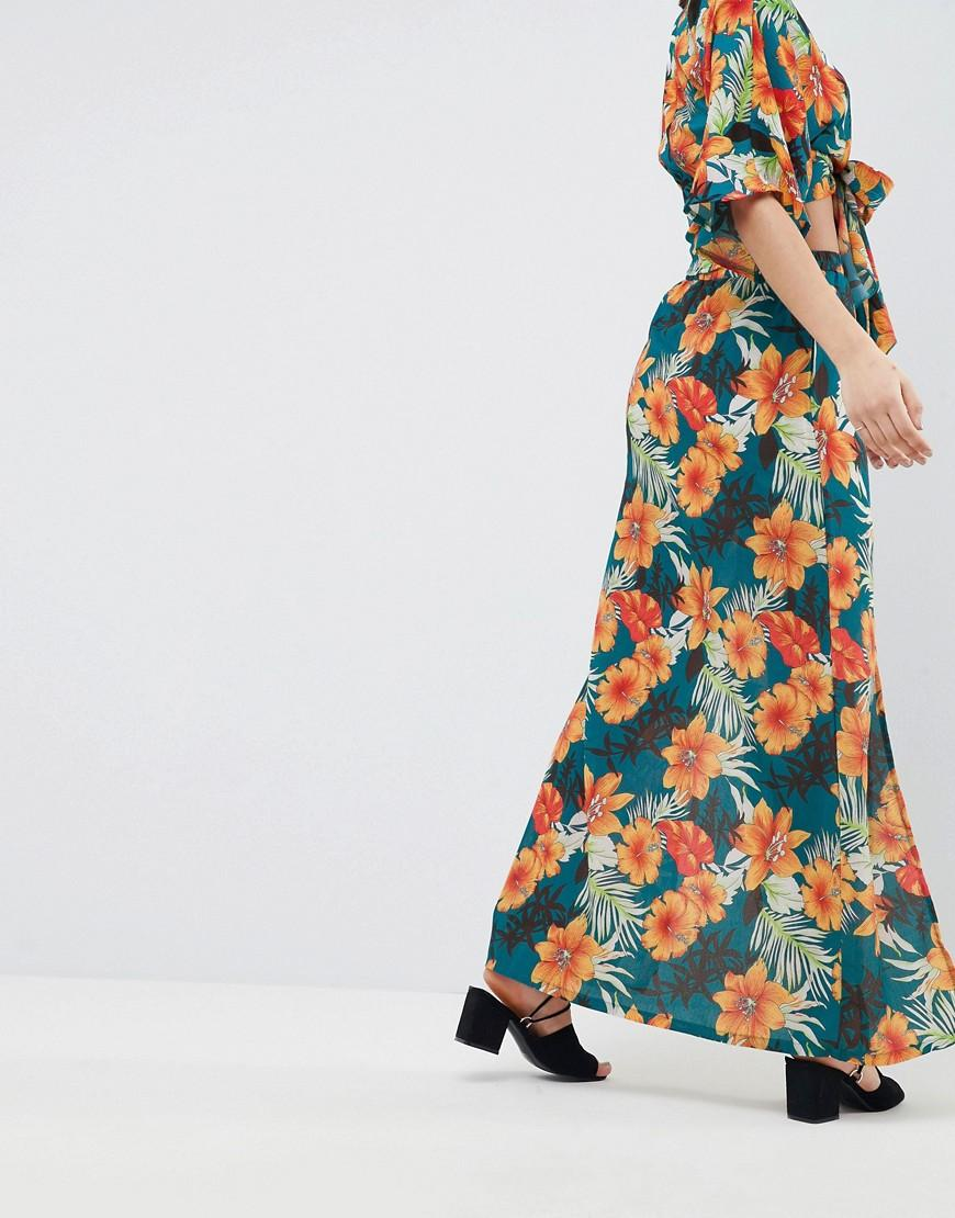 92dfb2a1907 PrettyLittleThing Exclusive Tropical Print Maxi Skirt - Lyst