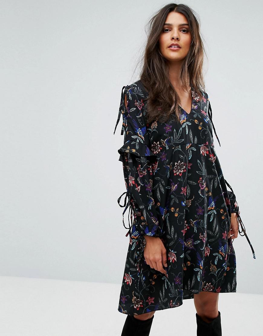 Tie Sleeve Embroidered Dress - Black Vero Moda 7GZn2VJw