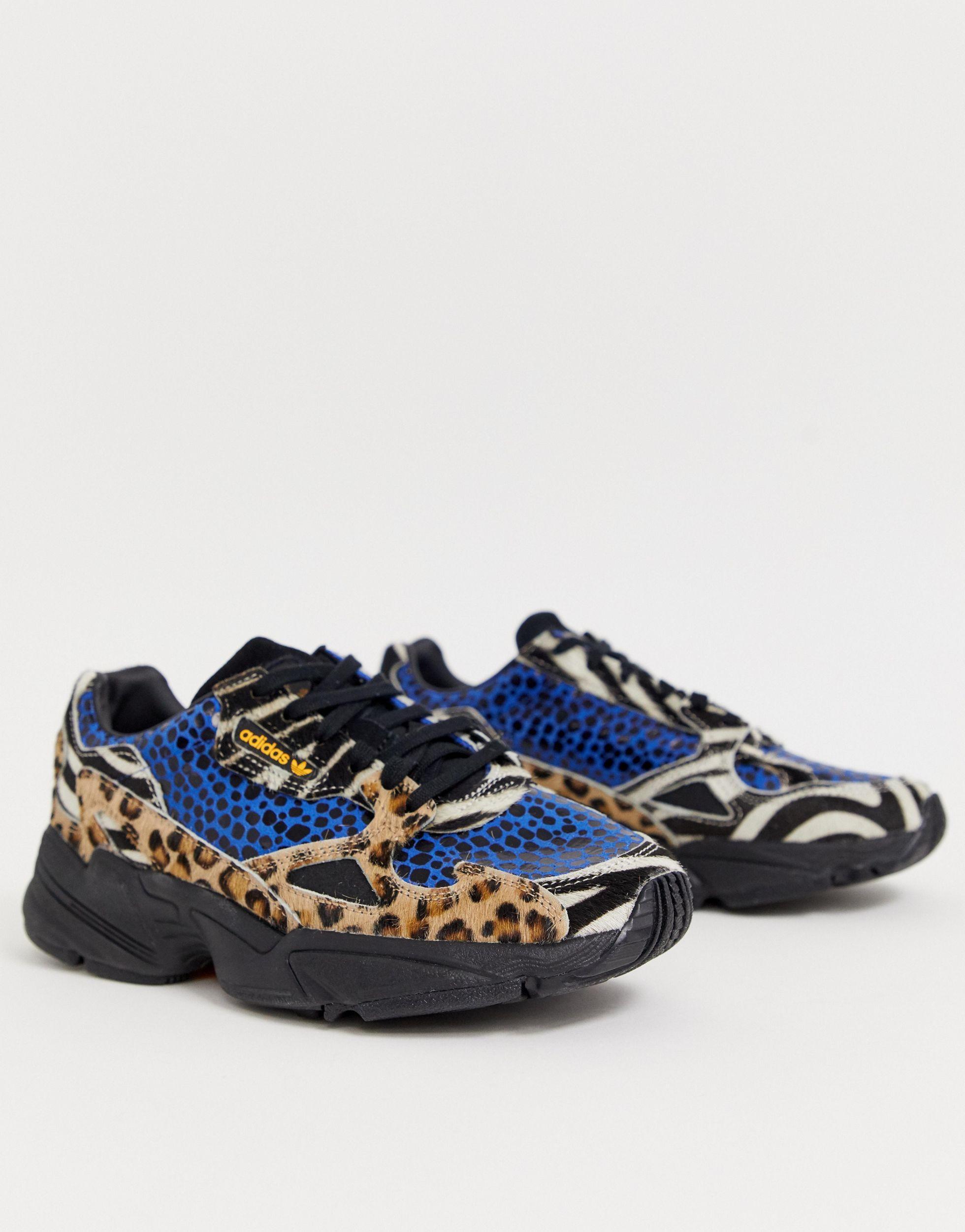 Estado Vivienda ola  adidas Originals Leather Falcon Sneakers in Blue - Lyst