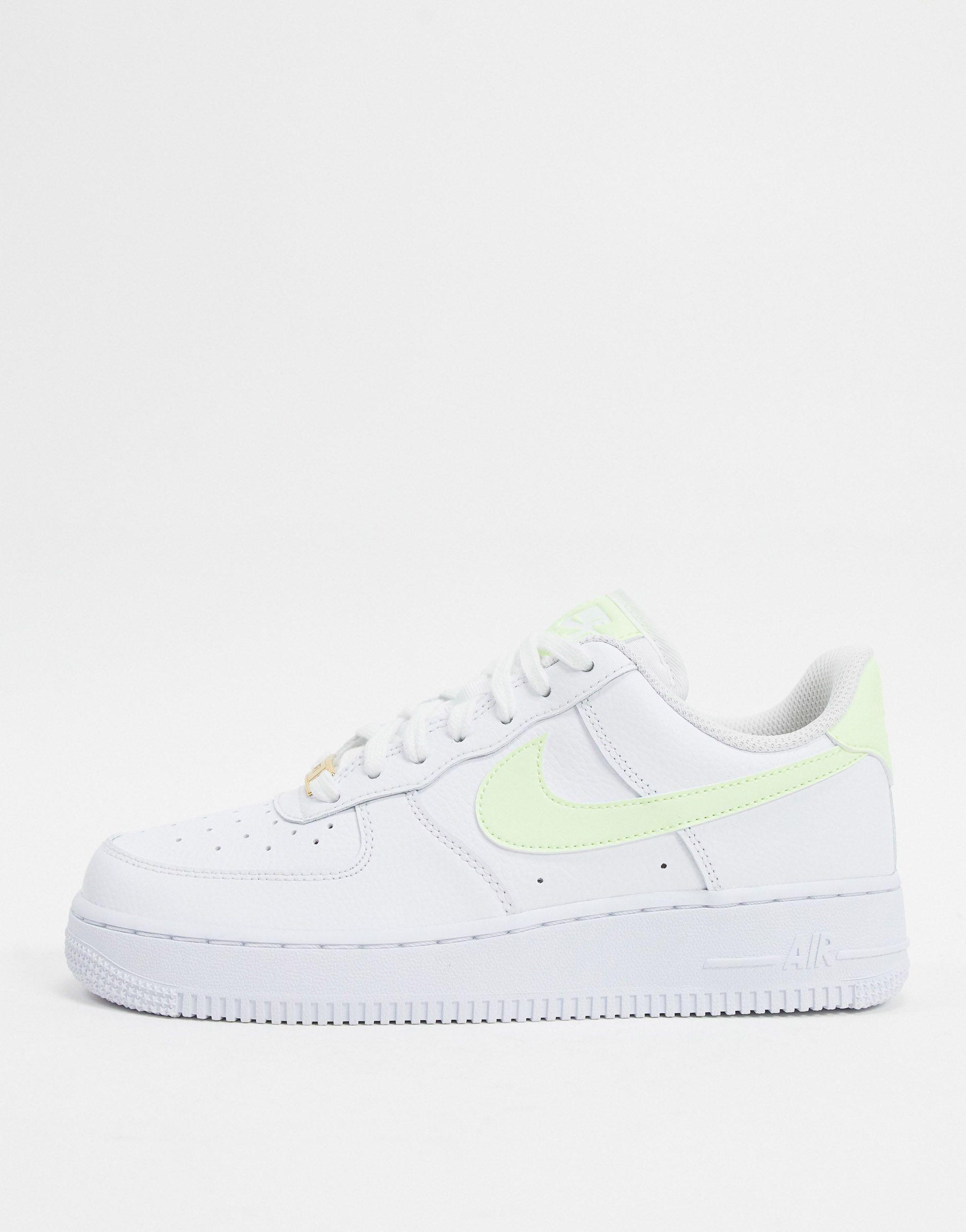 Air Force 1 '07 - Baskets - et vert fluo Caoutchouc Nike en ...