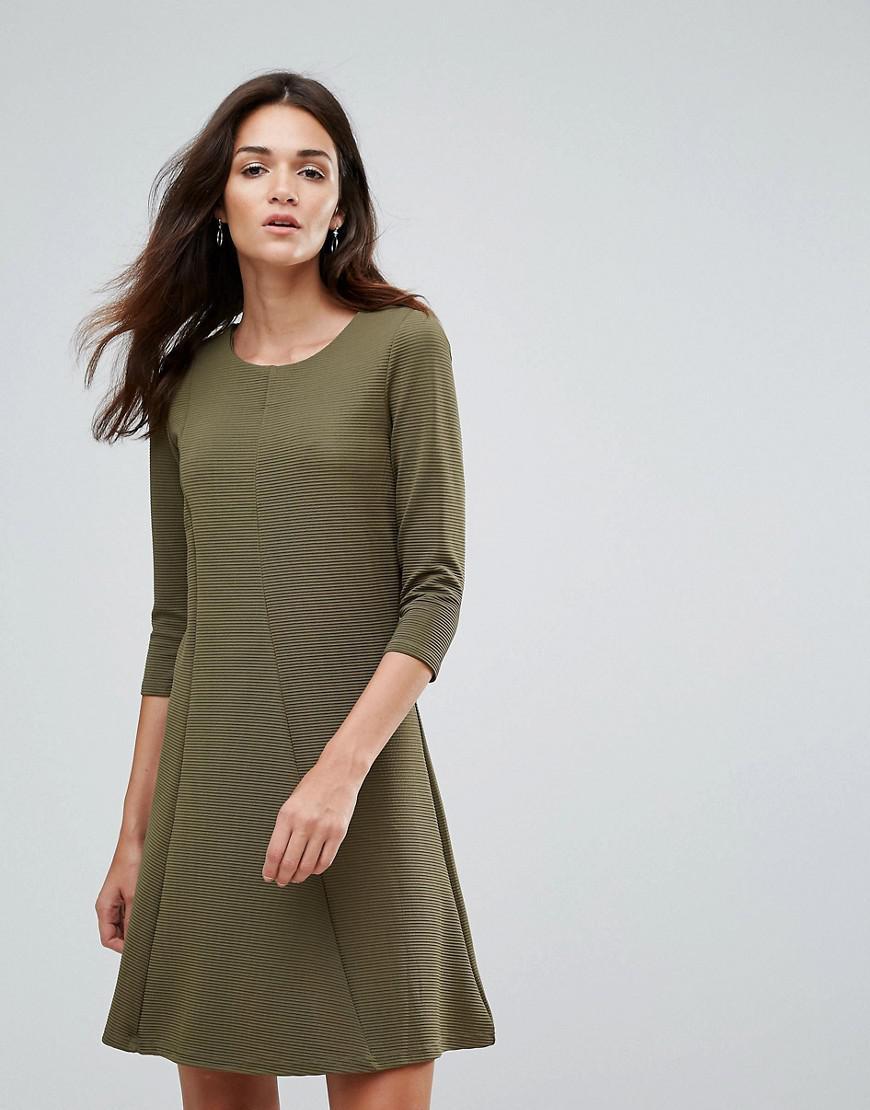 2c00dd937a Lyst - Vila 3 4 Sleeve Skater Dress in Green