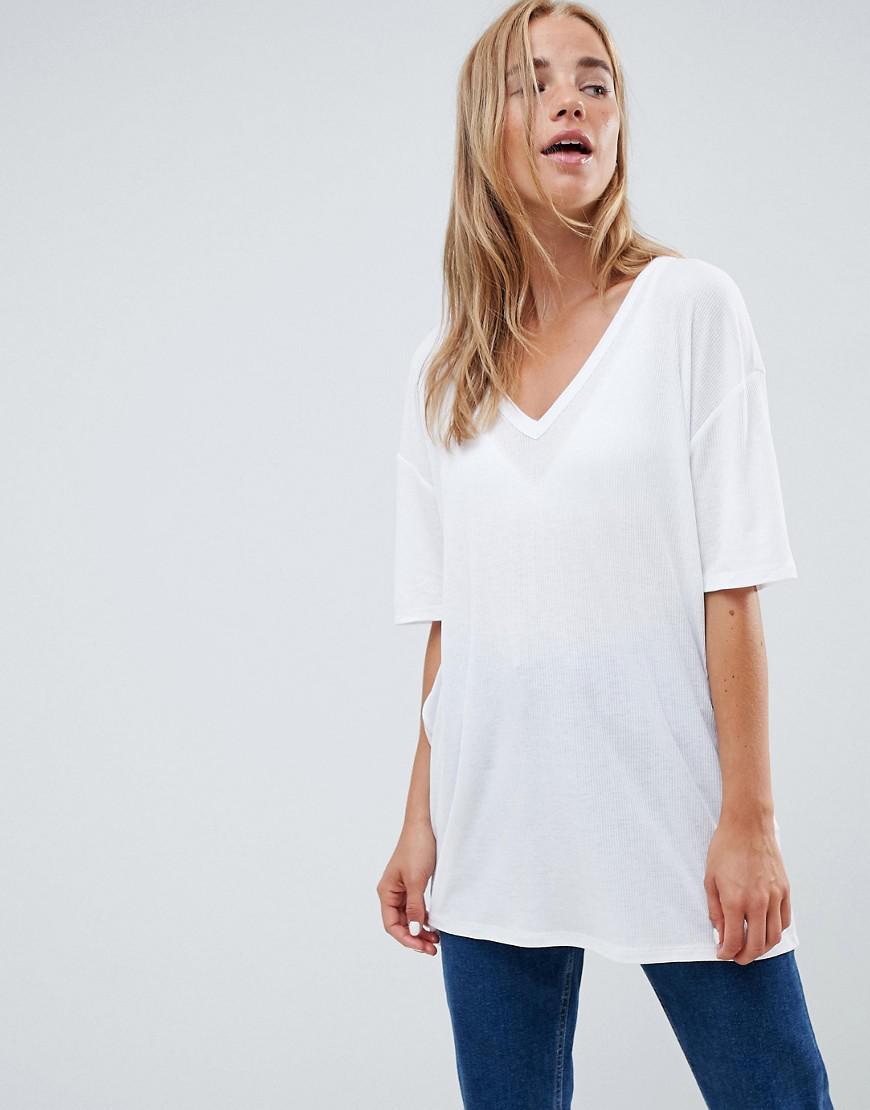 Oversized V-neck T-shirt