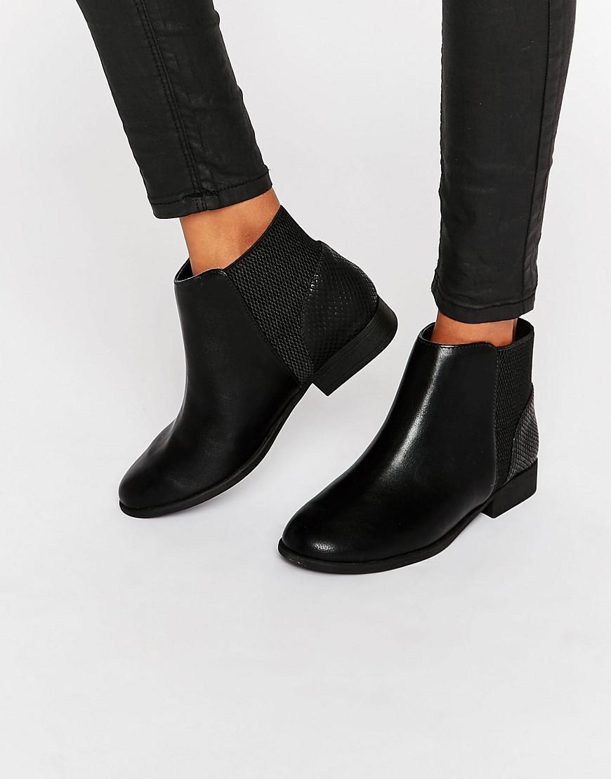 Call It Spring. Women's Black Etaliwet Chelsea Boots