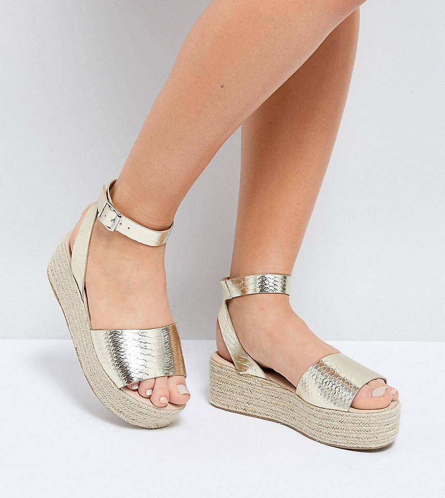 6673c28e693 ASOS Asos Thear Wide Fit Espadrille Flatform Sandals in Metallic - Lyst