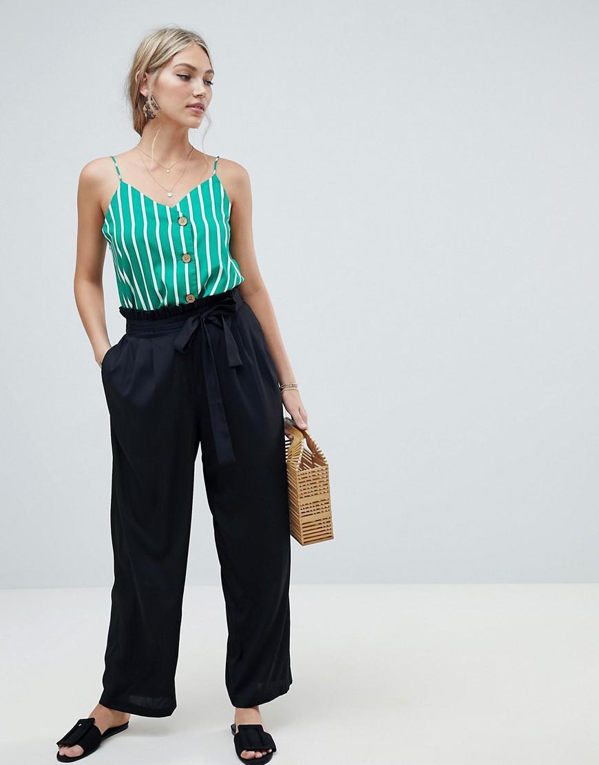 aa8aa01f965a Lyst - Pantalon large avec ceinture nouer Vero Moda en coloris Noir