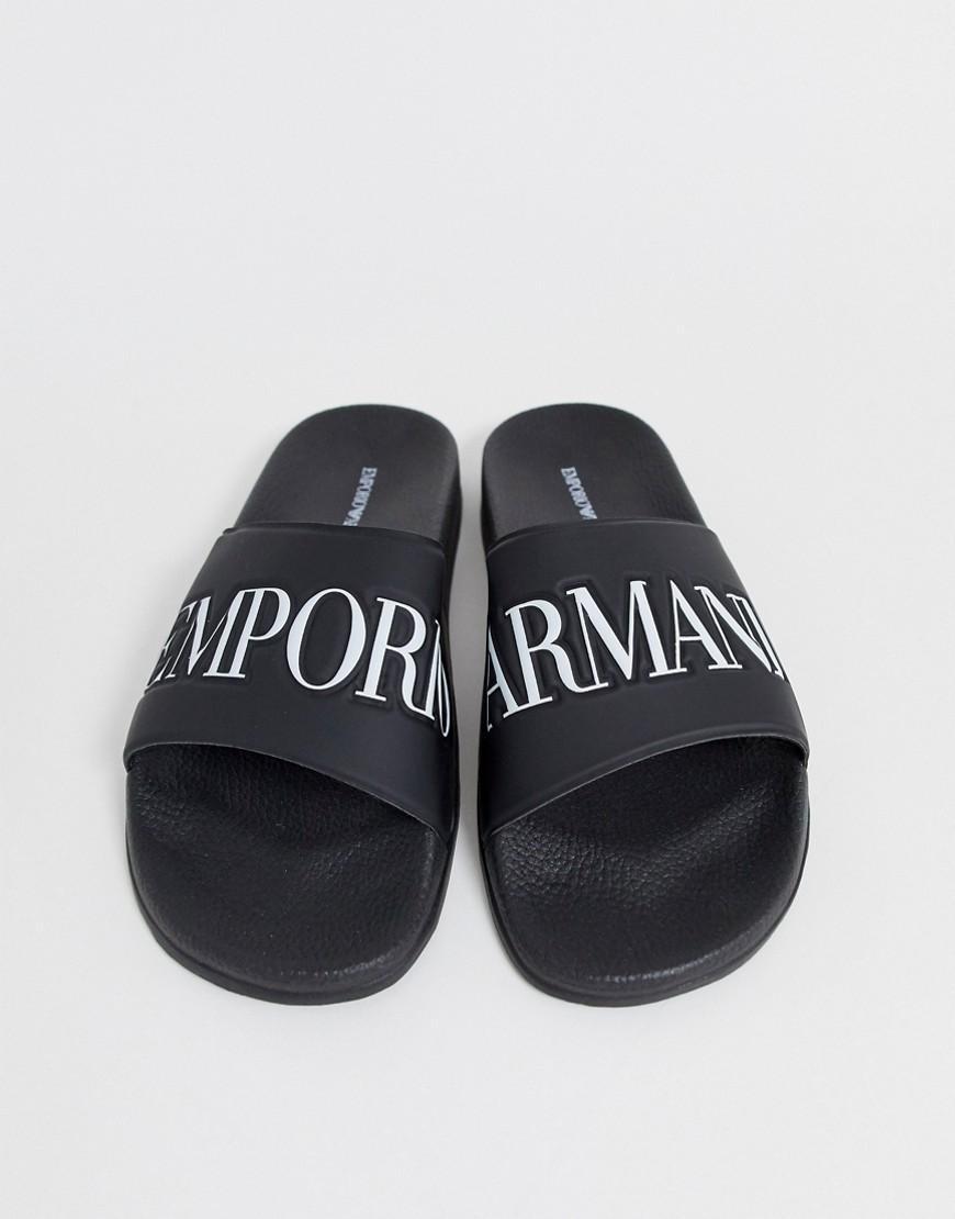 12def28bf05 Emporio Armani. Sandalias negras con logo de de hombre de color negro