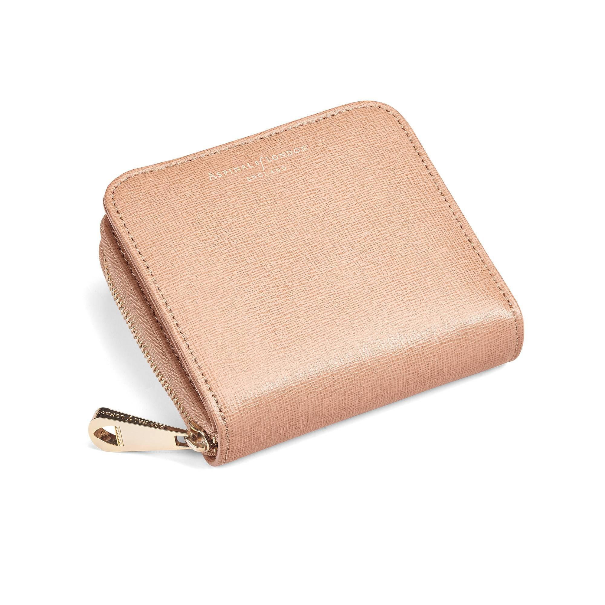 ab083eb277c4 Gallery. Previously sold at  Aspinal of London · Women s Longchamp Le  Foulonne Women s Continental Wallets ...