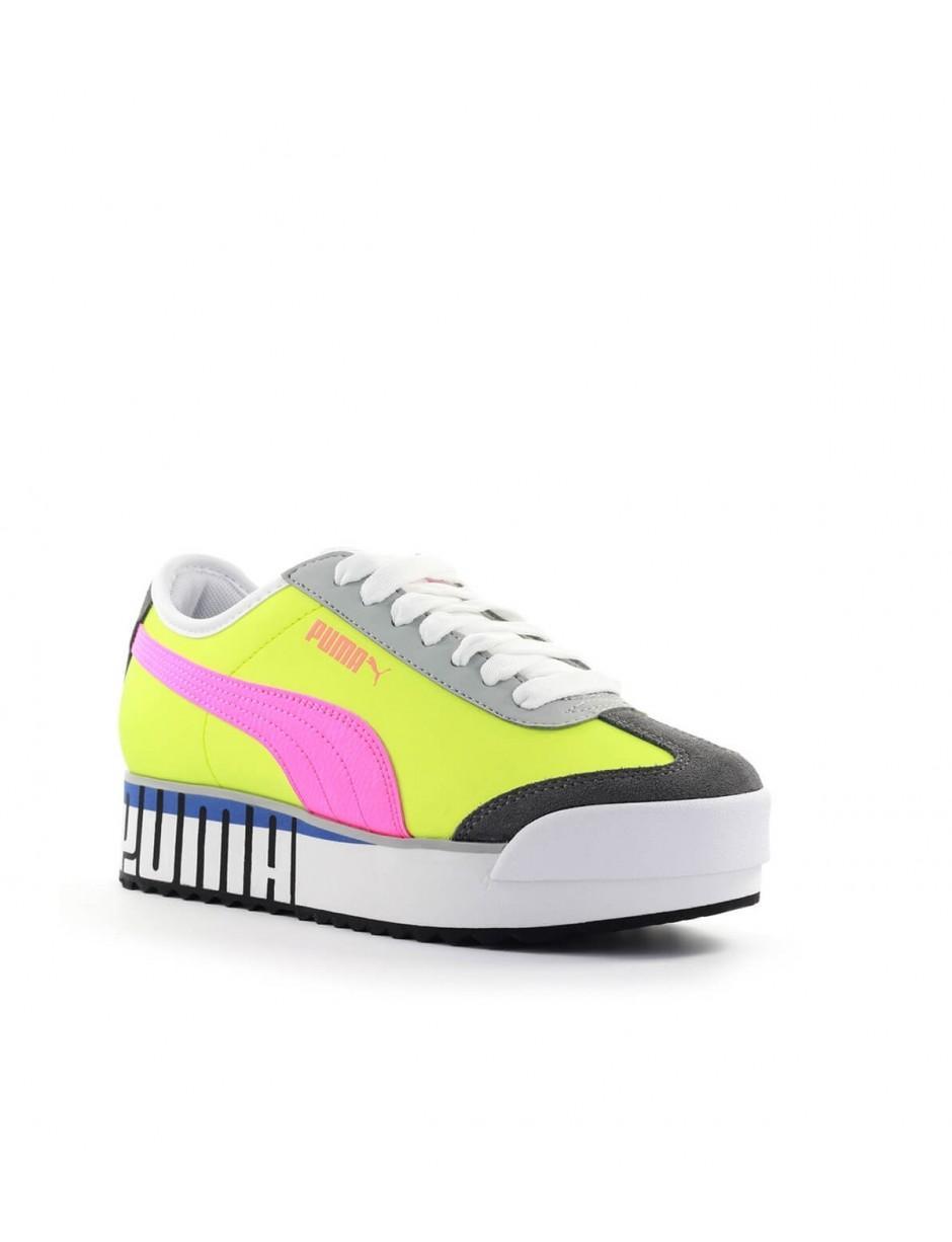 PUMA Yellow Fluo Pink Logo Roma Amor Sneaker - Lyst