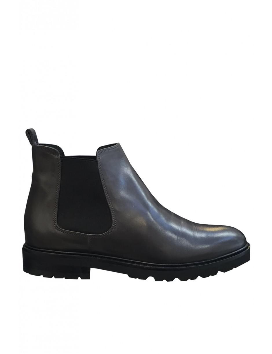 bcd502008b97b2 Lorenzo Masiero Flat Ankle Boots 9314 Size  36