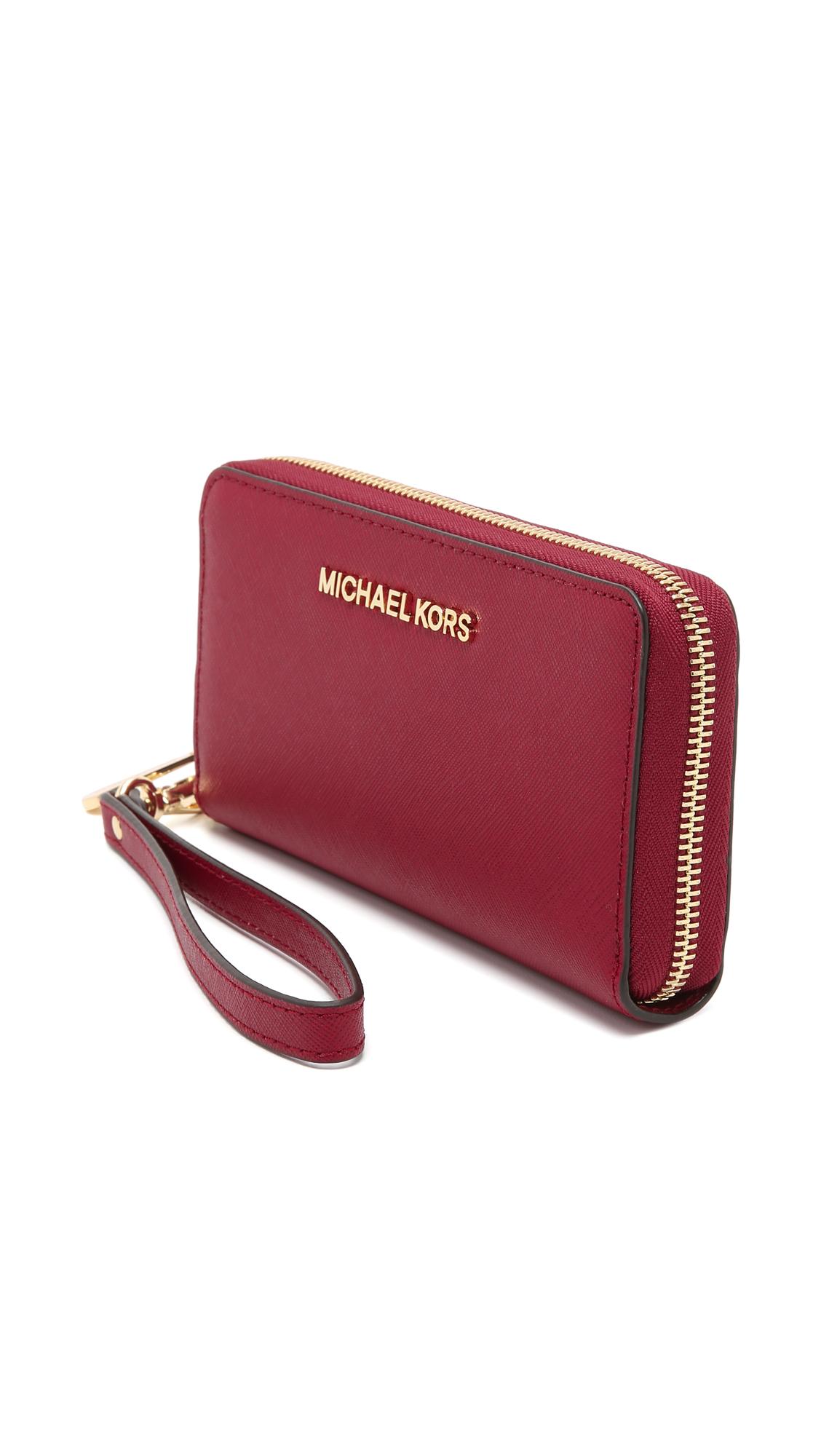 529e3122b92f Lyst - MICHAEL Michael Kors Jet Set Large Phone Case Wallet - Cherry ...