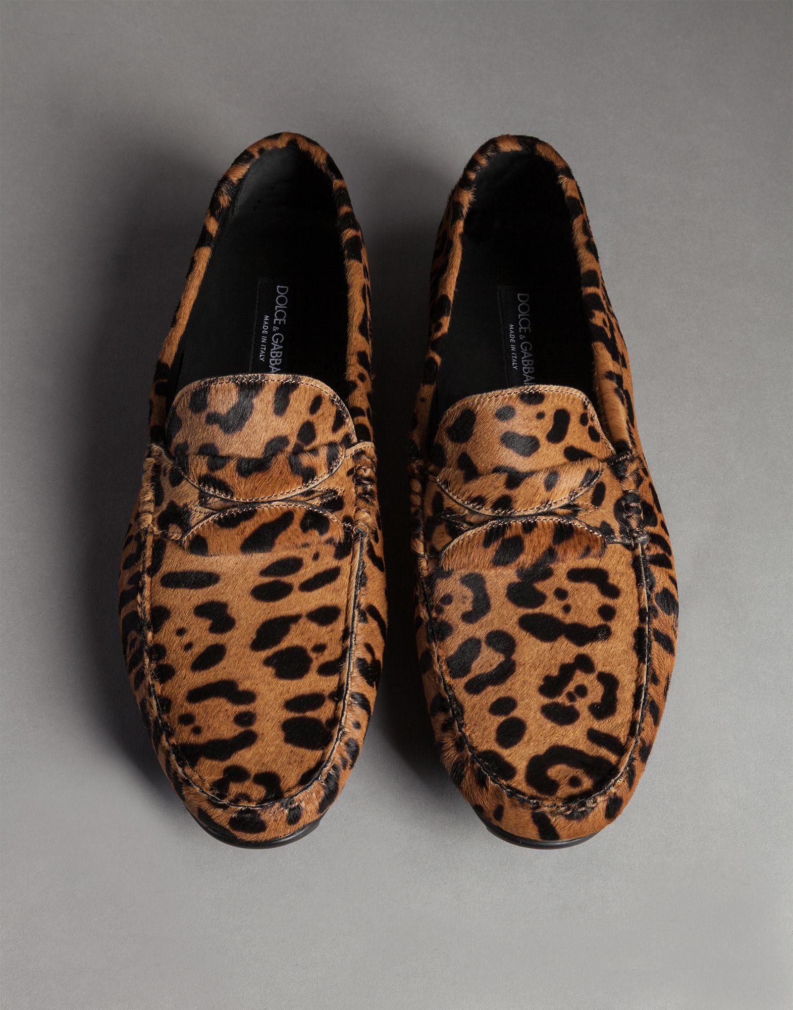 c08fac9550f Lyst - Dolce   Gabbana Natural Leopard Print Pony Ragusa Driving ...