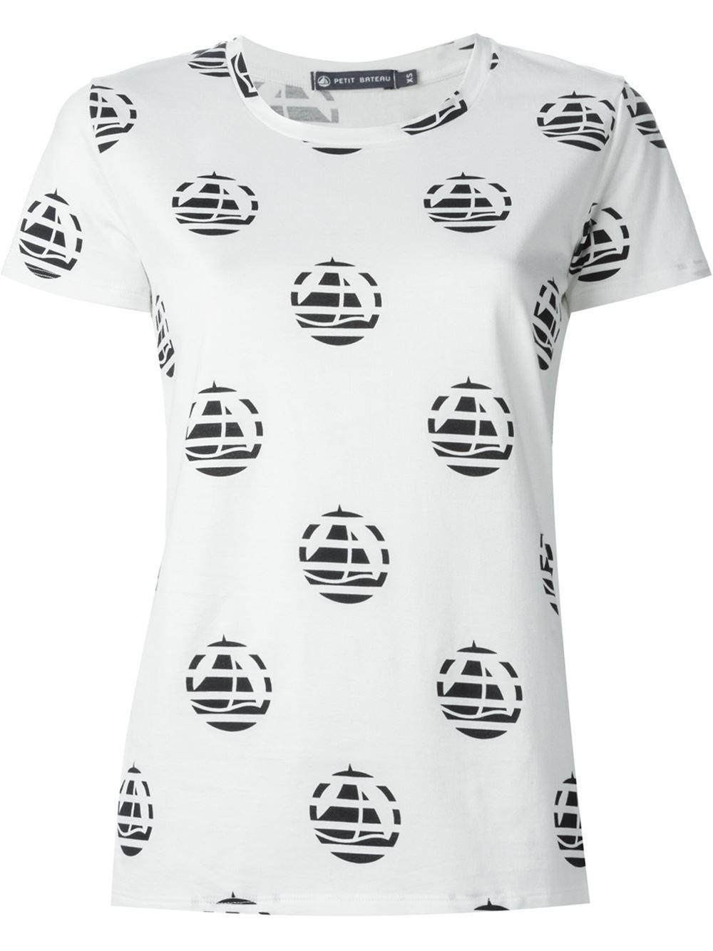 maison kitsun striped logo print t shirt in white lyst. Black Bedroom Furniture Sets. Home Design Ideas