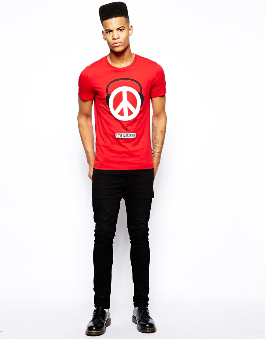 lyst love moschino t shirt with headphones print in red. Black Bedroom Furniture Sets. Home Design Ideas