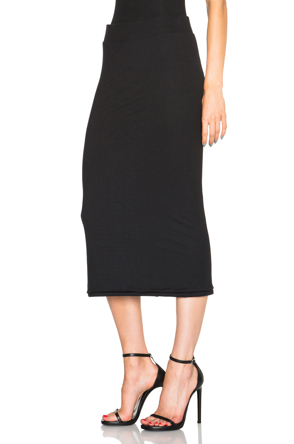 Midi skirts are available in a range of styles and cuts that flatter every figure. Choose from a-line skirts, tulle skirts, plaid skirts, pleated skirts and many more. Coordinate your midi with a solid colored button-down shirt for the office, or add a fitted jacket and sneakers for a casual weekend look.