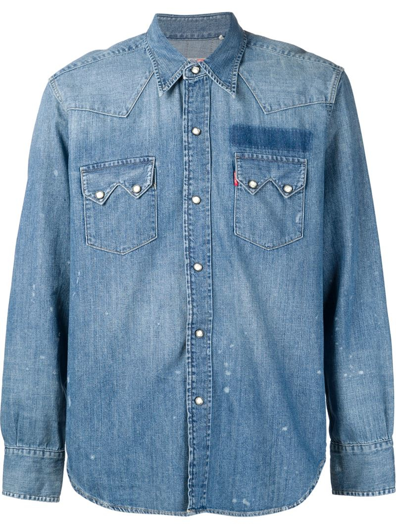 Bringing back lightweight denim is one of the best parts of spring style. But it doesn't have to be limited to jeans—denim shirts are another stylish way to wear the fabric come transitional.