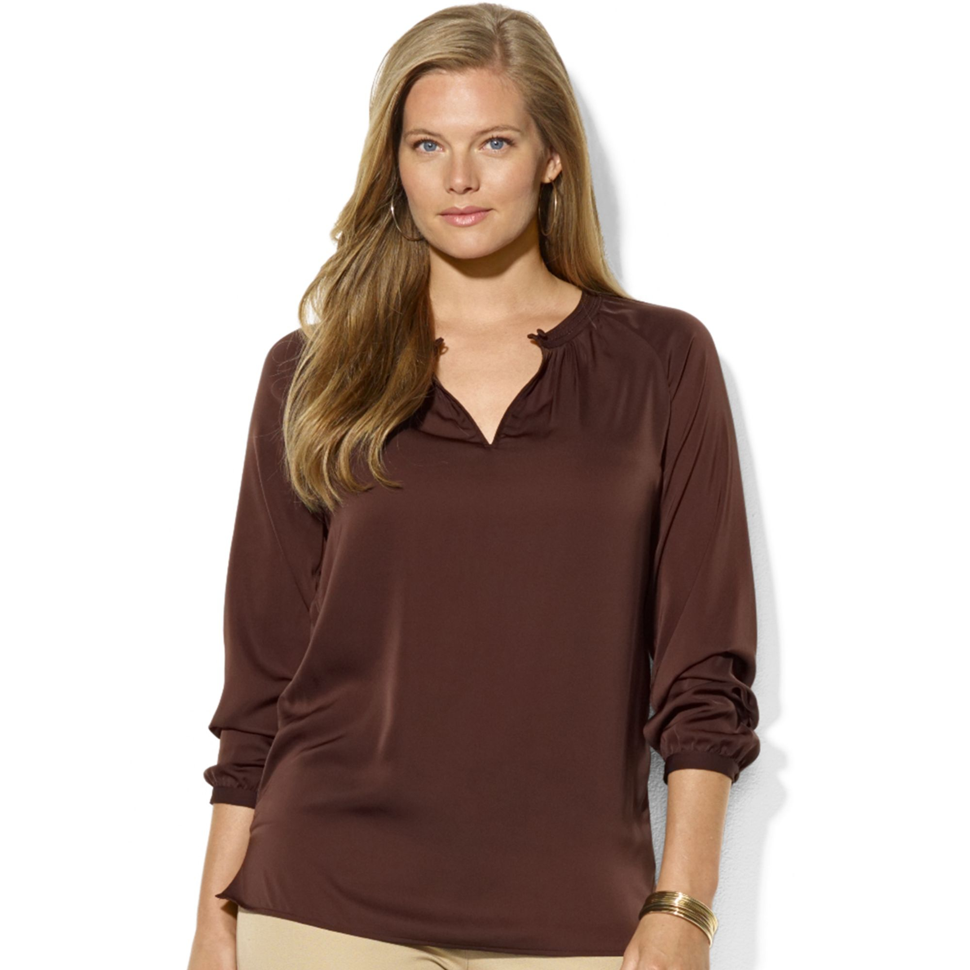 Click to visit the official Columbia Sportswear® website. Check out our women's shirts, long and short sleeve shirts, women's tank tops and tee shirts.