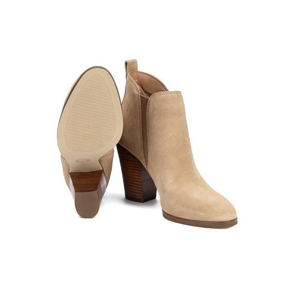 MICHAEL Michael Kors Women's Brandy Sport Suede Heeled Chelsea Boots in Tan/Beige (Natural)