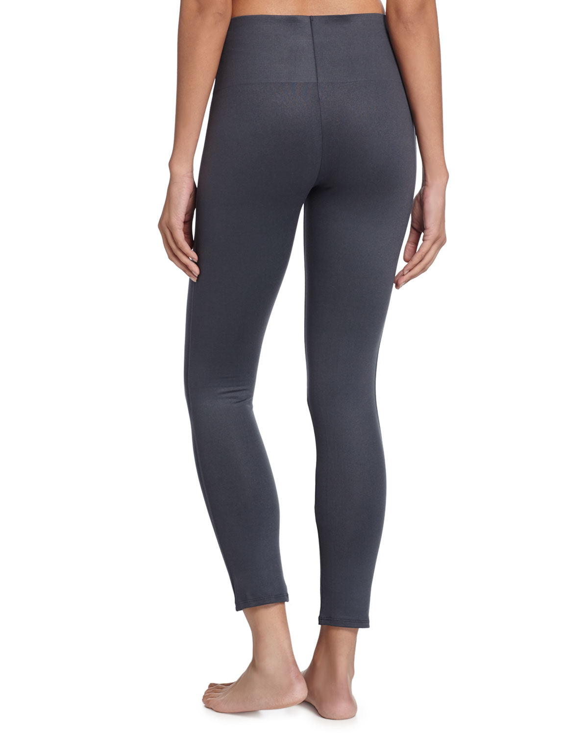 Spanx Essential Cropped Leggings In Gray Lyst