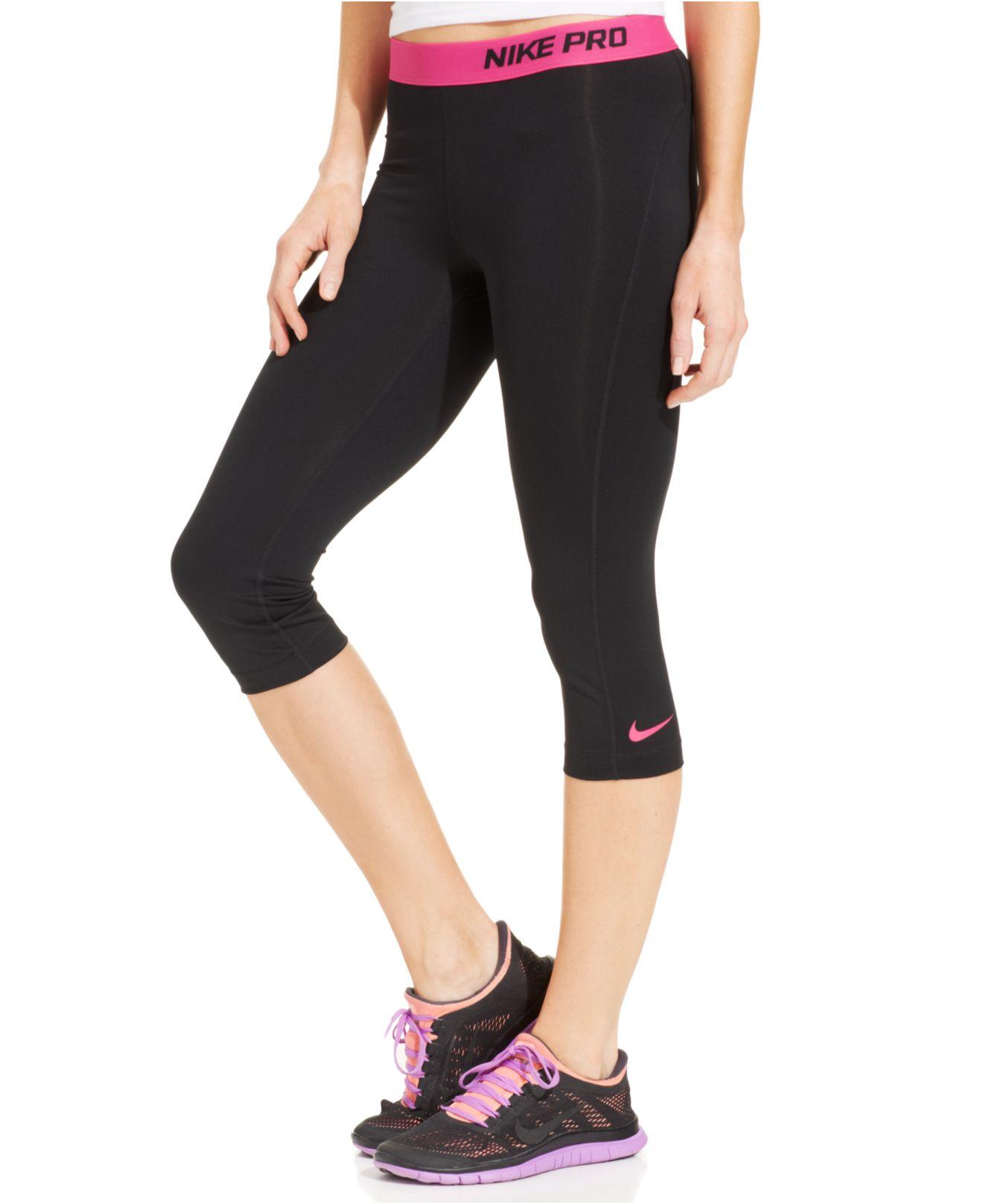 Nike Pro Capri Active Leggings in Black
